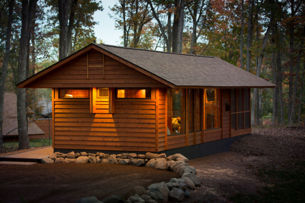 From Tiny Homes to Charming Cabins : Canadian Off The Grid