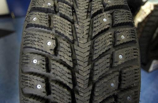 studded winter tire